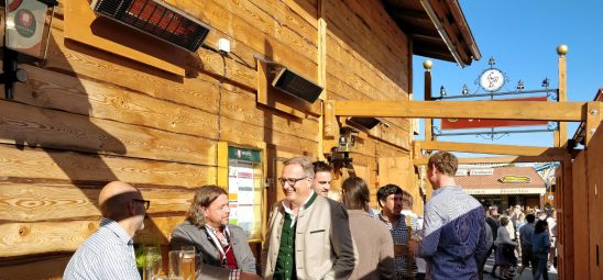 HEATSCOPE SPOT, Heizstrahler-Installation im Festzelt Goldener Hahn auf dem Oktoberfest in Muenchen