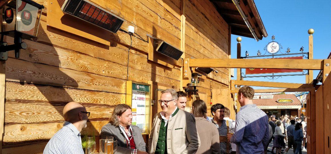HEATSCOPE Spot Power-Heizstrahler, Installation im Festzelt Goldener Hahn auf dem Oktoberfest